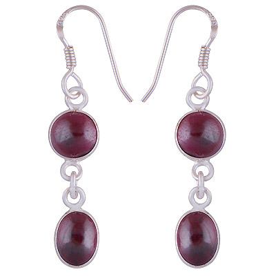 2.7gram Garnet Silver Earrings