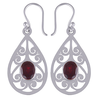 5.5gram Garnet Silver Earrings
